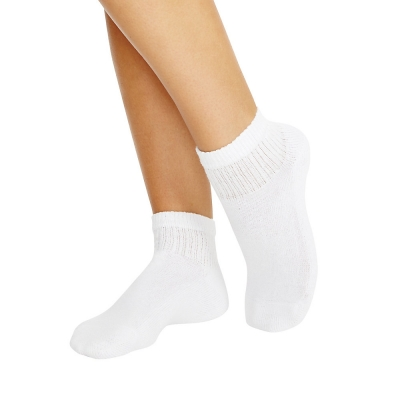 Hanes Cushioned Women's Ankle Athletic Socks 10-Pack